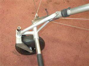 Пневматическое  переднее колесо